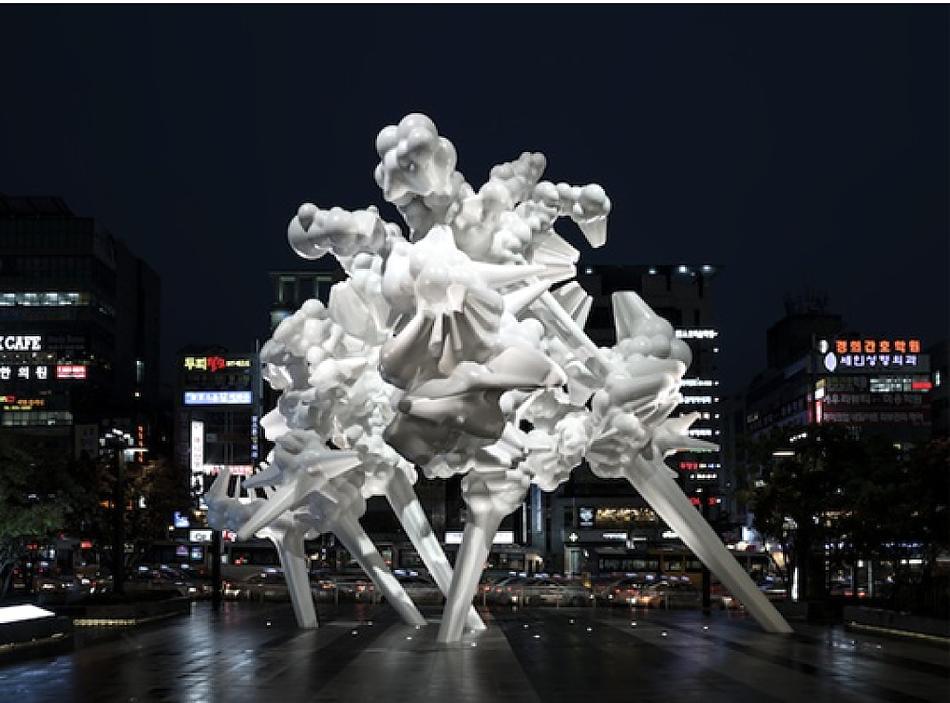 그림 12. 나와 코웨이, 3D 조형 기법으로 만들어진 작품 -Manifold-천안.png