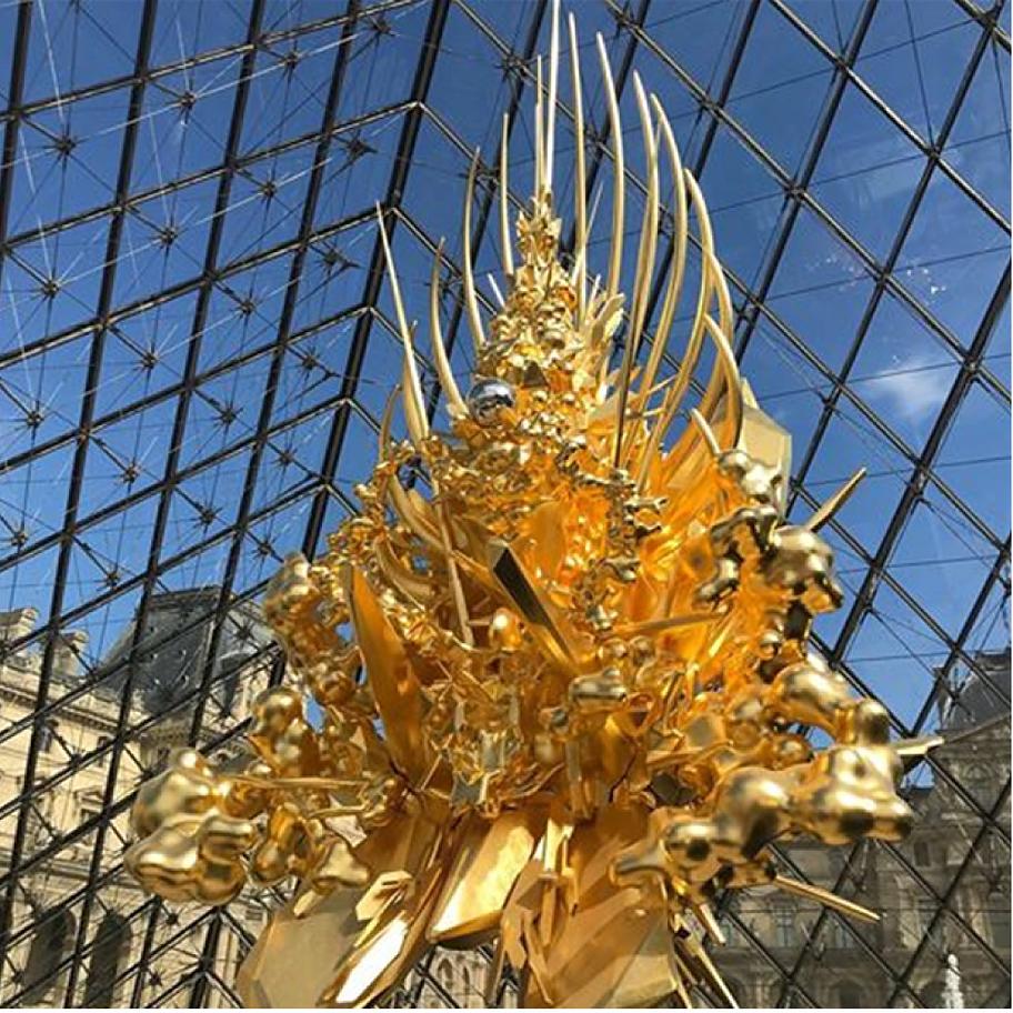 그림 13. 나와 코웨이, 3D 조형기법으로 만들어진 작품 -Throne-루브르 박물관.png